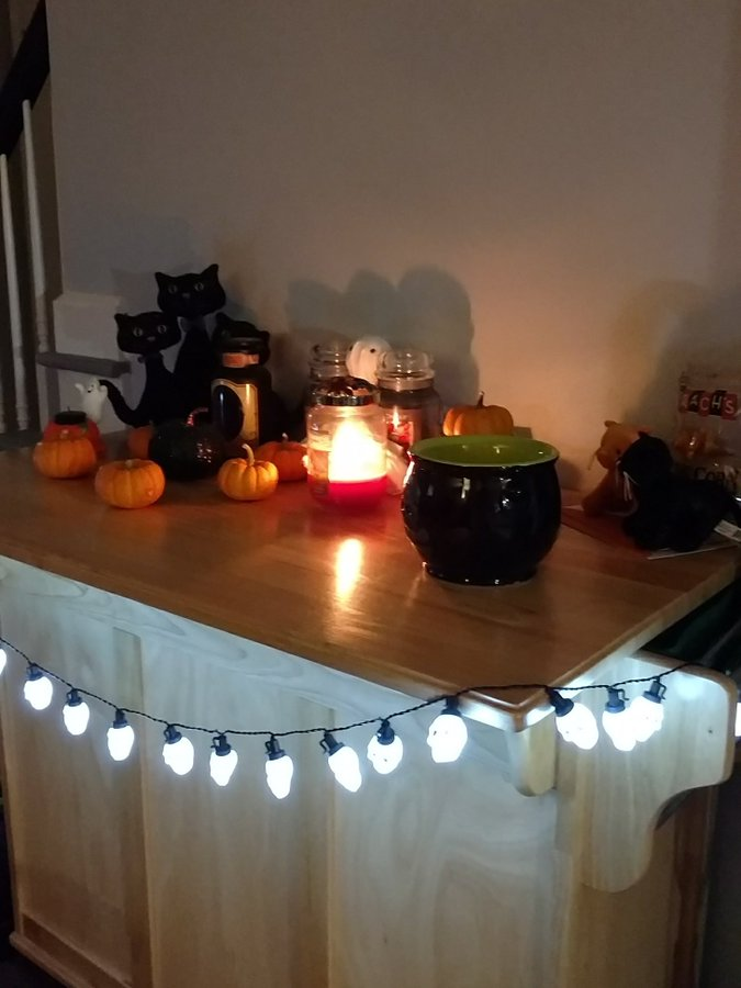 80 Halloween Indoor Decor Ideas To Keep The Evil Away Vogueitude