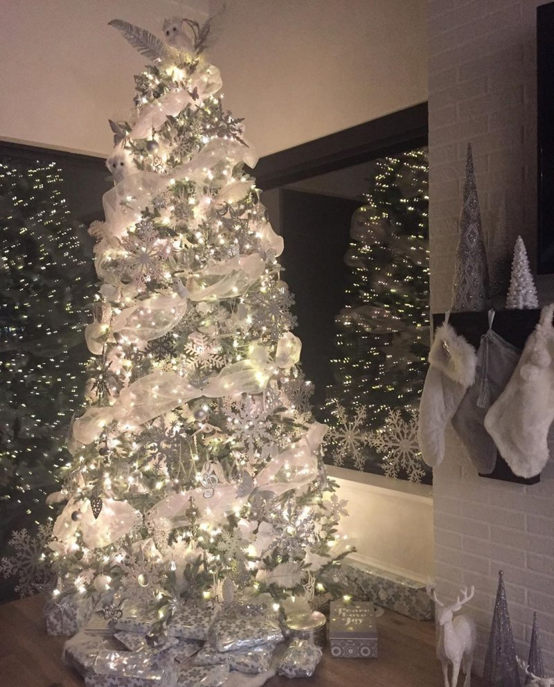 60 excellent white christmas tree ideas that defines elegance effortlessly excellent white christmas tree ideas